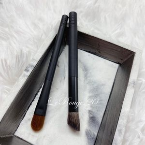 Nars mini 43 + 49 eyeshadow brush